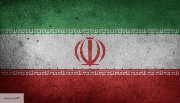 Reuters: Иран будет сопротивляться и победит санкции США