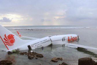 Власти Индонезии раскрыли подробности крушения Boeing 737