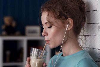 Учёные объяснили, почему горячий кофе полезнее холодного