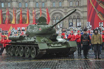 На Красной площади прошла генеральная репетиция парада 1941 года