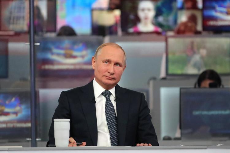 Путин уменьшил Сибирский федеральный округ