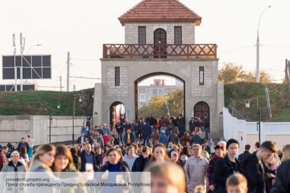 В России прошли праздничные мероприятия ко Дню народного единства