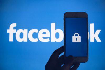 Перед выборами в США Facebook заблокировал свыше сотни аккаунтов