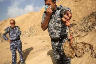 В Ираке нашли более 200 массовых могил с телами жертв террористов