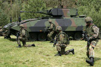 Макрон допустил, что вскоре может появиться «общеевропейская армия»