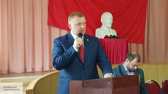 «В рамках самопиара»: эксперт объяснил, зачем Ищенко пошел на выборы самовыдвиженцем