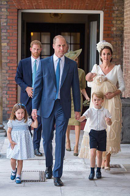 Ребенка принца Гарри и Меган Маркл будут воспитывать иначе, чем детей Кейт Миддлтон и принца Уильяма
