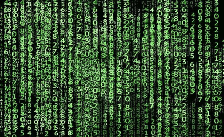 Пенсия под угрозой хакеров: как не попасть в руки мошенников в интернете