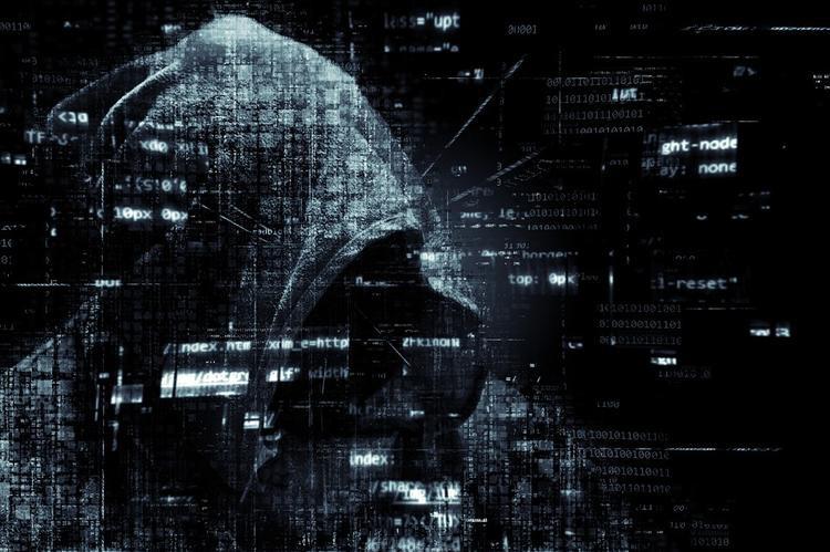Пенсия под угрозой хакеров: как не попасть в руки мошенников
