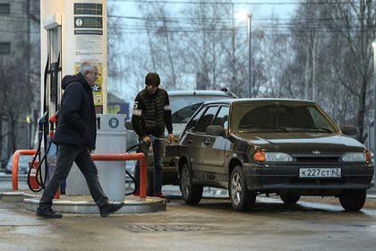 Нефтяники нашли новый способ поднять цены на бензин