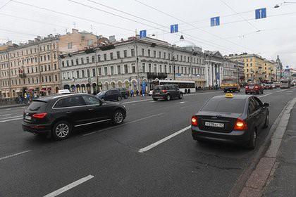 Немцев и украинцев уличили в любви к Санкт-Петербургу