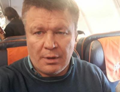 Актера Олега Тактарова сняли с рейса из-за дебоша