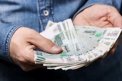 Названа средняя сумма взятки в России