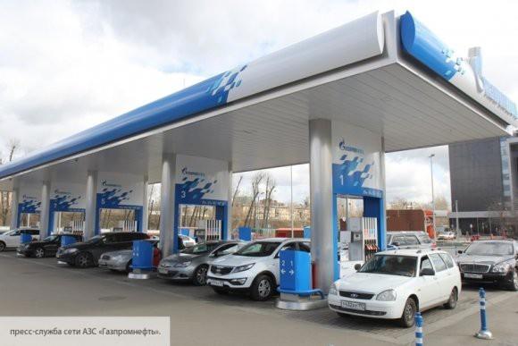 «Газпром нефть» поддержала заморозку цен на бензин