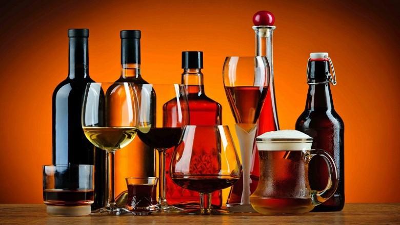 Россияне стали употреблять больше суррогатного алкоголя