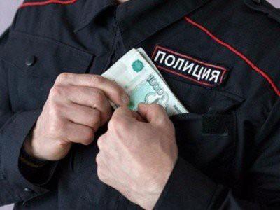 Полицейские ждут повышения зарплаты