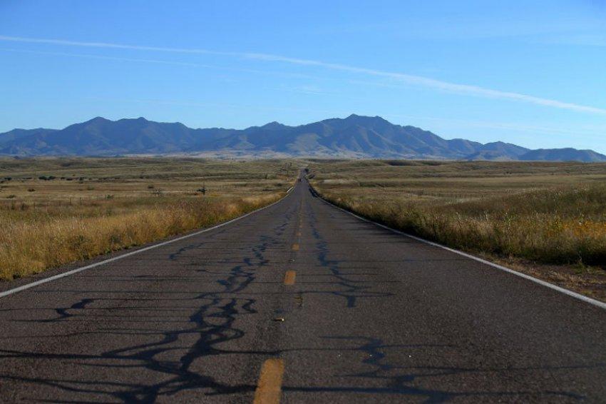 Женщина выжила, проведя 6 дней в пустыне после ДТП