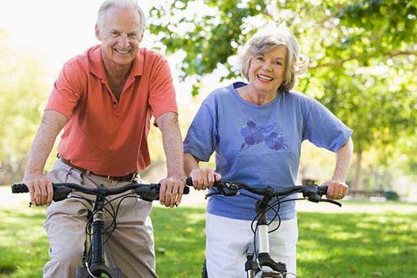 Исследование: Женщины в возрасте 60 лет активнее мужчин