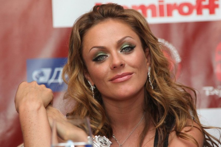 Юлия Началова рассталась со своим новым избранником