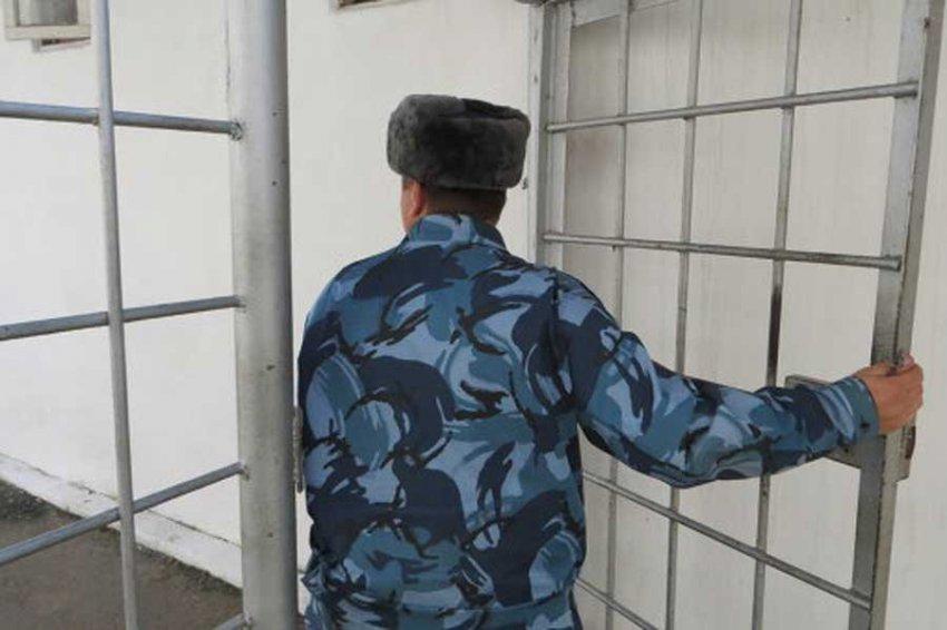 ФСИН запретит мобильную связь в российских колониях