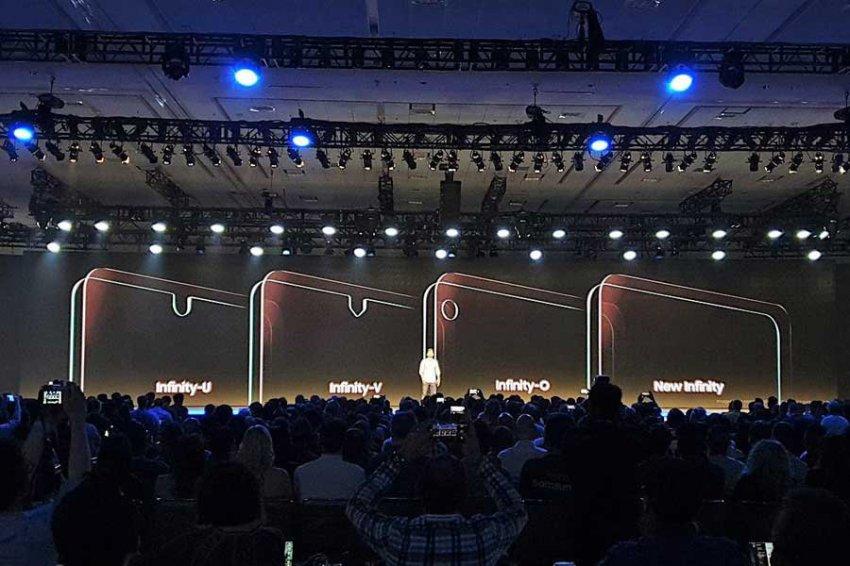 Samsung рассекретила новые экраны Infinity с вырезами