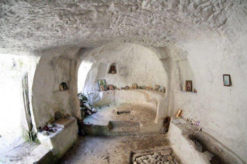 Пещерный город в Крыму - Качи-Кальон