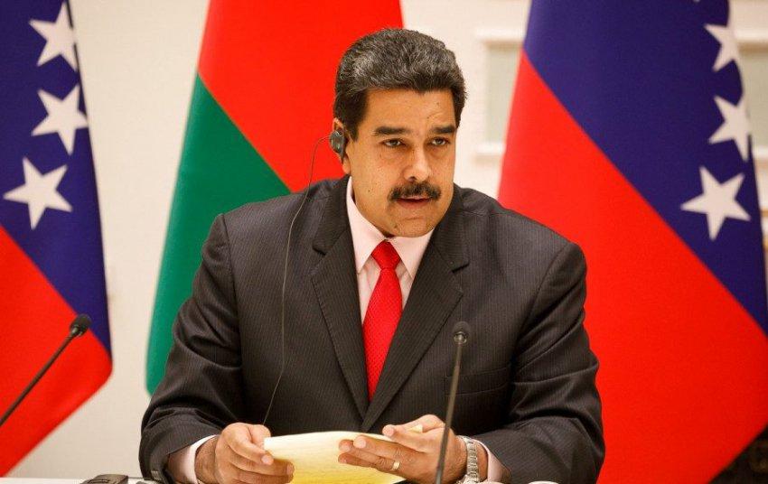 США пытаются санкциями остановить диктатуру Мадуро в Венесуэле