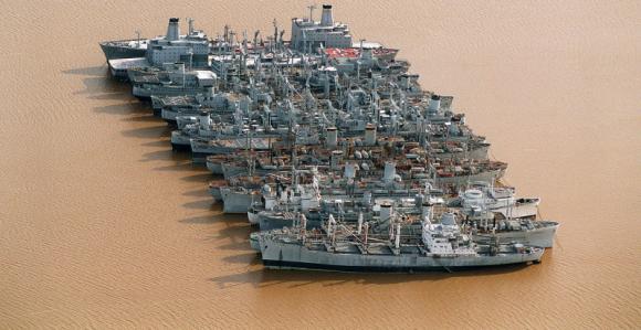 В случае военной угрозы США может не хватить моряков