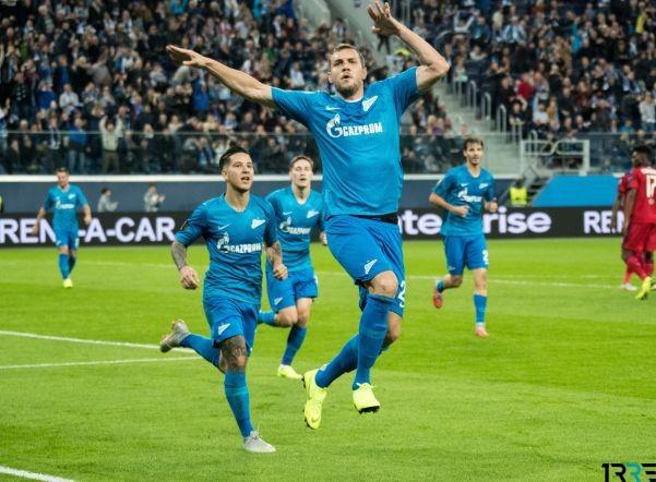 Нападающий команды «Зенит» Артем Дзюба не играет в декабре 2018 года по причине полученной травмы