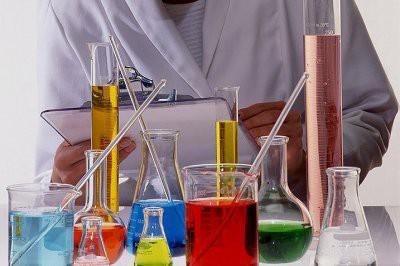 В Казахстане после урока химии госпитализированы 11 детей