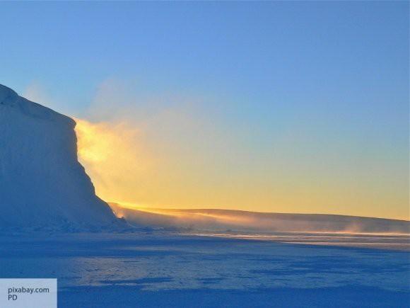 При невыясненных обстоятельствах в Антарктике погибли два американца