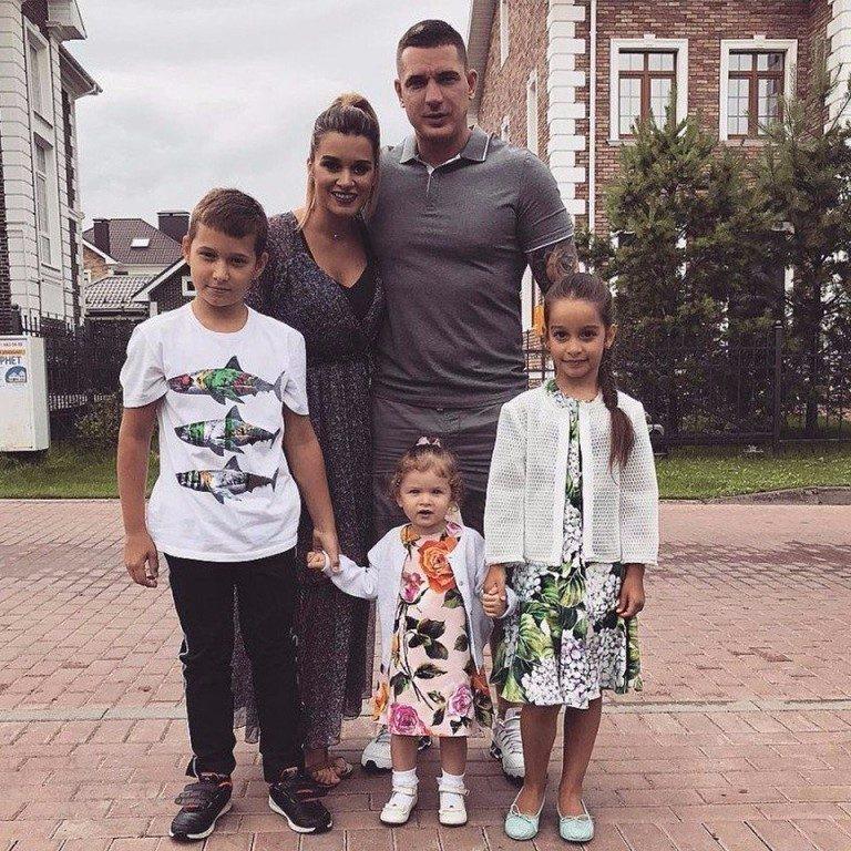 Ксения Бородина помогла отцу-одиночке купить квартиру