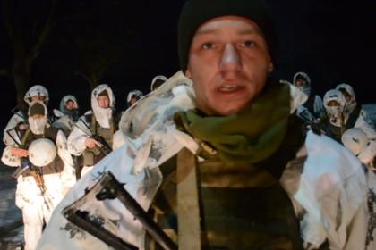 Украинский десантник объяснился за ношение нацистского шеврона при Порошенко