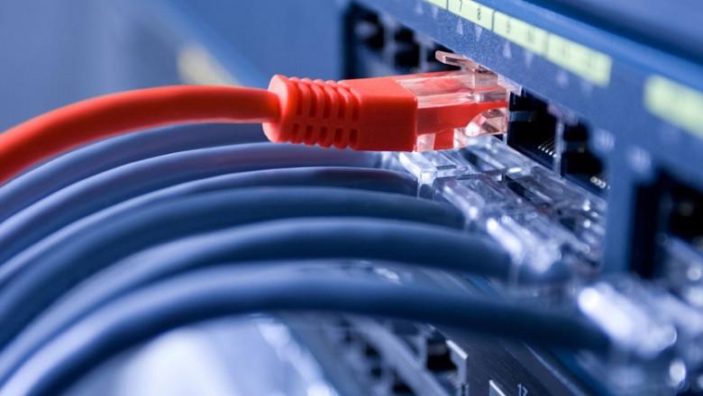 """Из-за """"пакета Яровой"""" в России дорожает интернет на 5-10%"""
