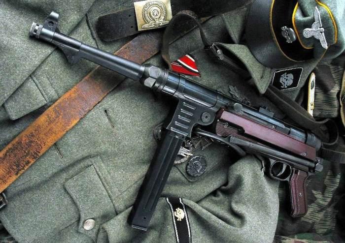 Какое оружие носили немецкие танкисты во время Второй мировой войны?