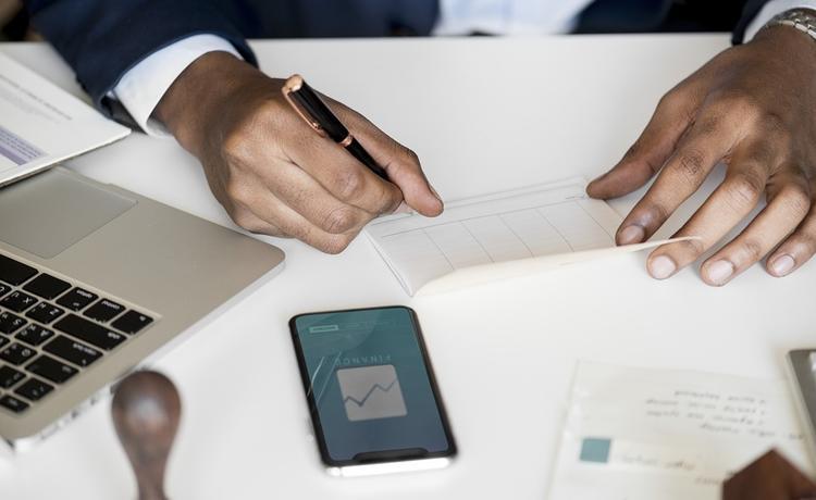 Как избежать пожизненного кредитного рабства и коллекторов, если нет денег платить за кредит - советы банковского работника