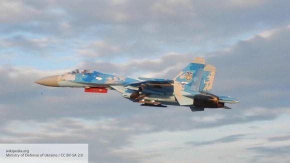 Генштаб ВСУ: разбился украинский истребитель Су-27, летчик погиб