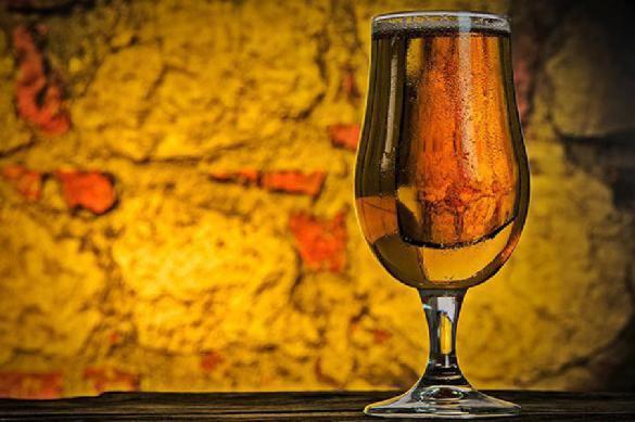 Врачи рассказали, как «правильно» пить алкоголь в новогодние праздники