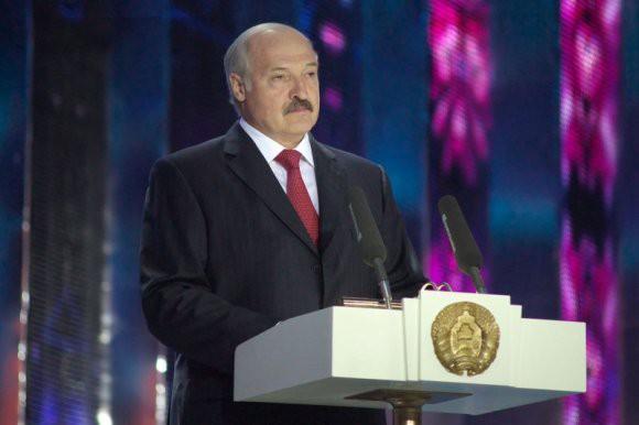 В Минске назвали фейком сообщение о секретном совещании Лукашенко по независимости