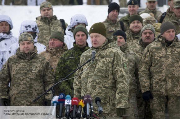 Жириновский: офицеры ВСУ могут повернуть оружие против Порошенко