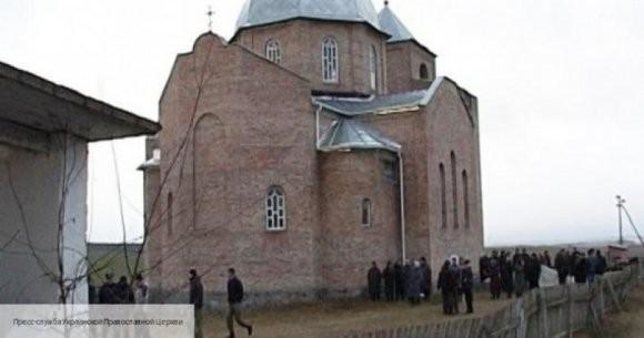 УПЦ запретила служить тем архиереям, которые принимали участие в «объединительном соборе»