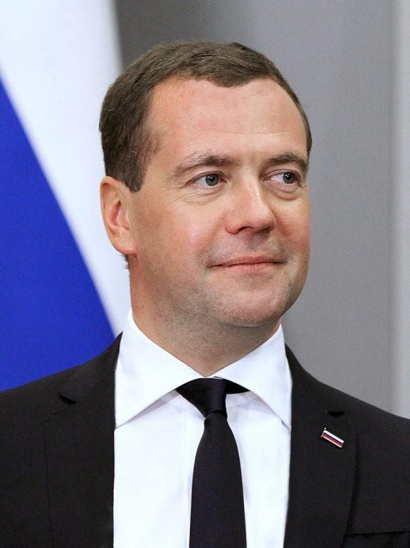 Стало известно, когда Медведев посетит Госдуму