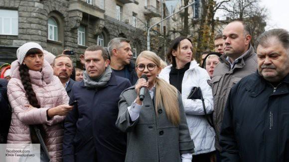 Эпохальная авантюра: Тимошенко «бросилась» с обвинениями на Порошенко