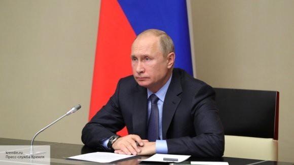 Российская армия в 2018 году развивалась сбалансировано – Путин