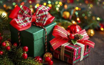 Стало известно, сколько россияне потратят на новогодние подарки