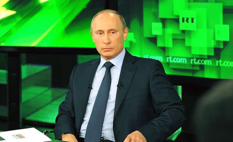 Календарь с Путиным стал хитом в Японии