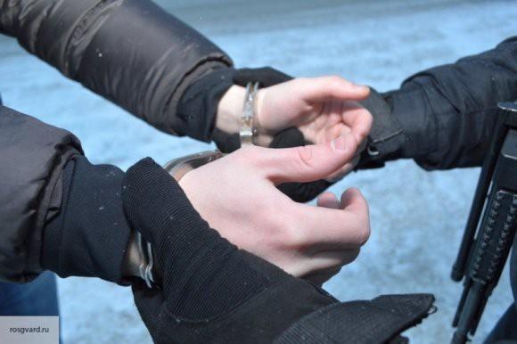 ФСБ задержало в Крыму участника бандформирования с 12-ю килограммами тротила