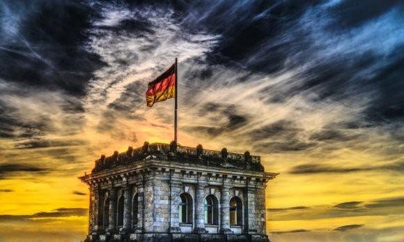 Германия требует от Москвы возвращения предметов искусства советских времен