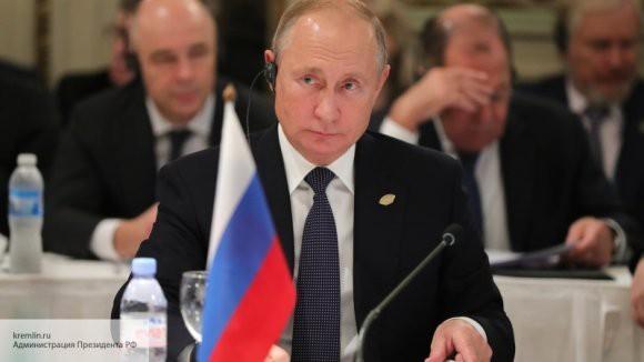 Путин о мирном договоре с Японией: он необходим, несмотря на ядерное присутствие США