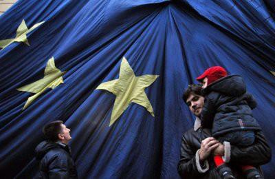ЕС пригрозил лишить Украину безвиза